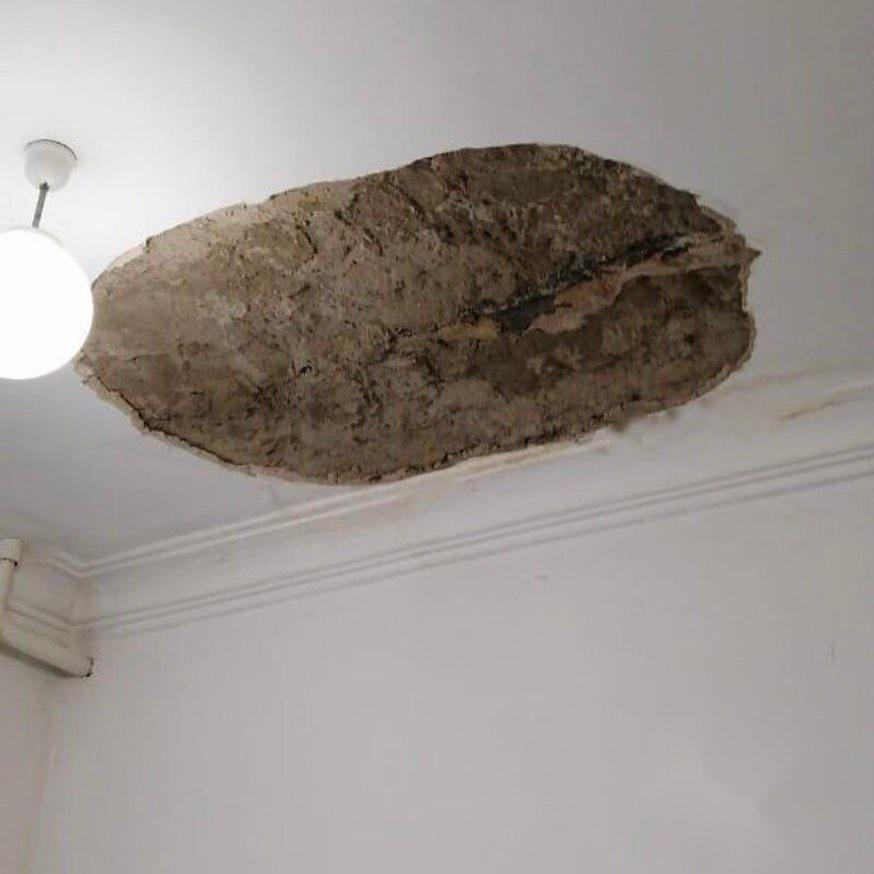 На Кубани в больнице на ребенка обрушился потолок