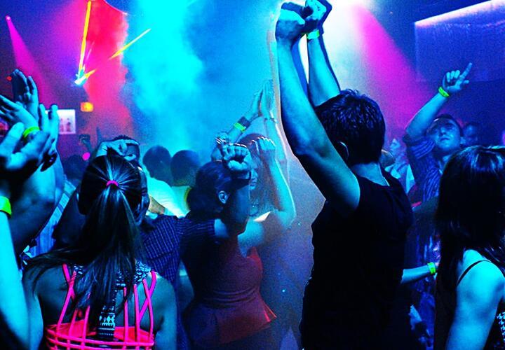 Ночной клуб красноармейская клубы ночные теплый стан