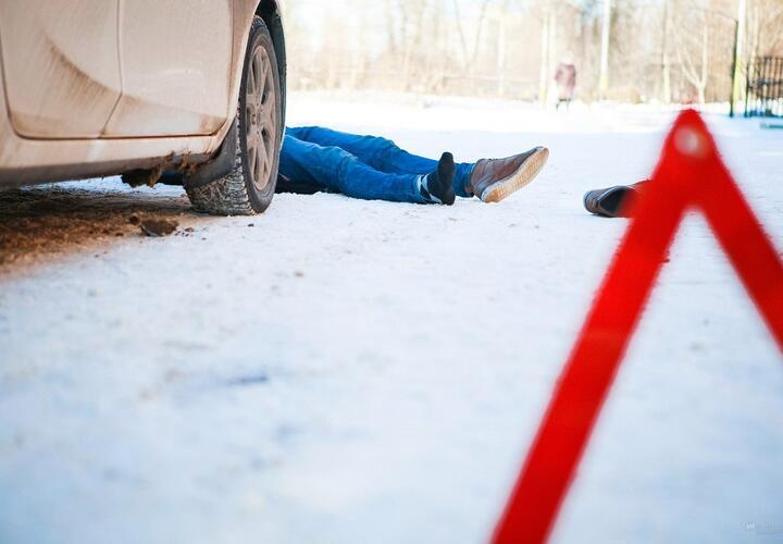 В Сочи автомобиль сбил нарушителя правил дорожного движения