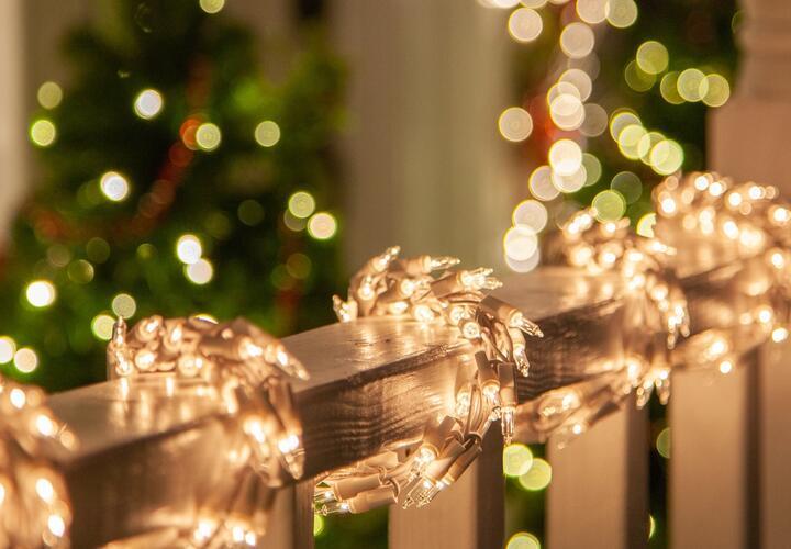 Россиянам рассказали, как выбрать качественную новогоднюю гирлянду
