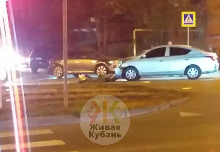 В центре Краснодара собирается пробка из-за ДТП