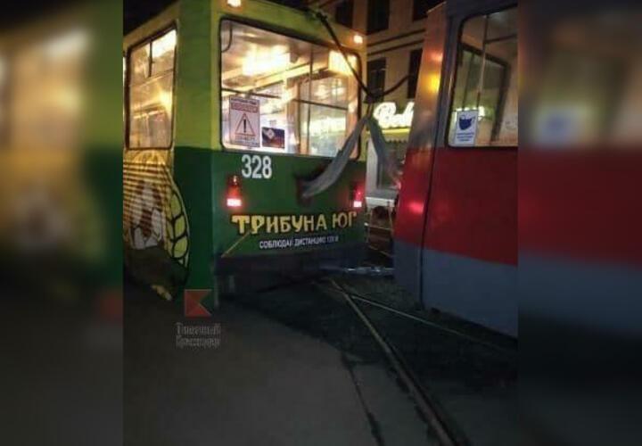 В Краснодаре с рельс сошел трамвай «нулевого» маршрута