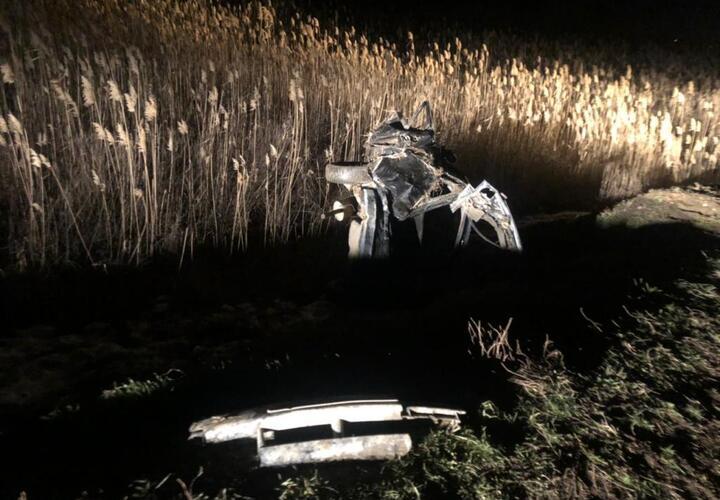 В Краснодарском крае легковушка улетела в кювет