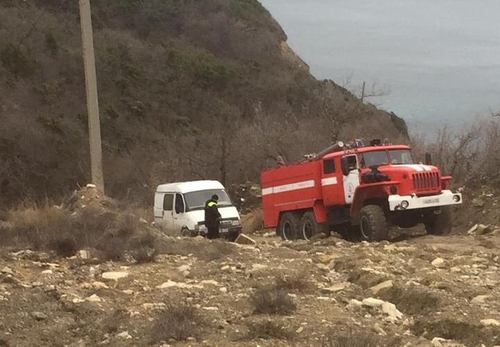В Новороссийске спасли застрявшего в горах водителя «ГАЗели» (ВИДЕО)