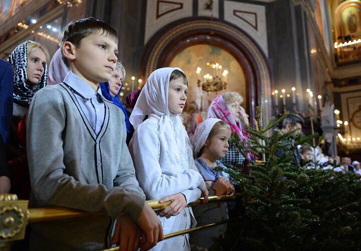 В России празднуют Рождество Христово