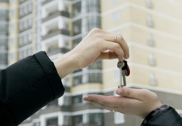 Чиновник получил взятку квартирой «обманутого дольщика»