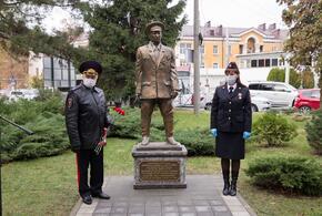 Краснодарцы раскритиковали памятник погибшим на службе участковым