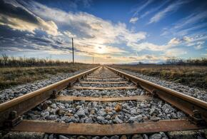 На Кубани мужчина попал под грузовой поезд