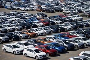 Россияне не собираются отказываться от покупки автомобиля