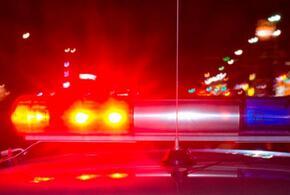 В Анапе полицейские сняли с крыши дома девушку