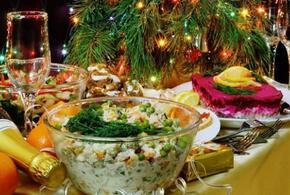 Диетологи определили самые калорийные новогодние блюда