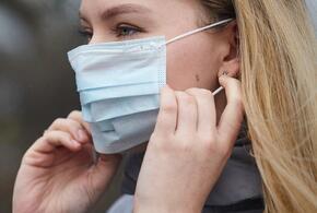 Медики пояснили, почему нельзя носить маску несколько дней подряд