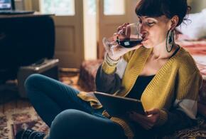 Переболевших «короной» россиян предупредили об опасности алкоголя
