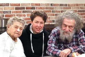 Фельдшер скорой помощи за неделю собрала 2,5 миллиона рублей для пожилых супругов