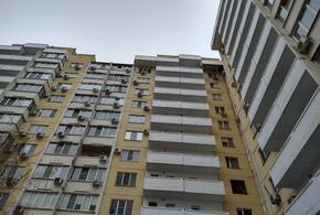 Крыша течет: в Краснодаре управляющий ТСЖ, обозвавший жильцов «дебилами», не устраняет последствия снегопада