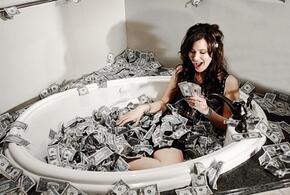 Ученые выяснили, сколько нужно денег «для счастья»