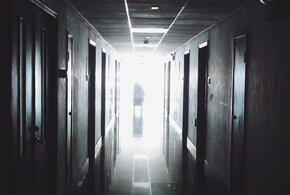 В Адыгее родственникам умершей от COVID-19 женщины выдали чужого покойника