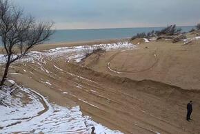 В Анапе уничтожили уникальную песчаную дюну