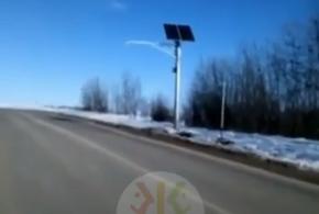 В Краснодарском крае из-за разбитой дороги водителям приходится нарушать ПДД