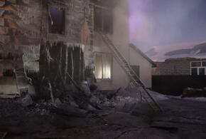 В пожаре в частном доме погибли двое детей