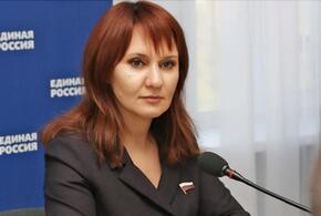 Депутат Госдумы от Краснодарского края единоросс Светлана Бессараб проявила заботу о дельфинах