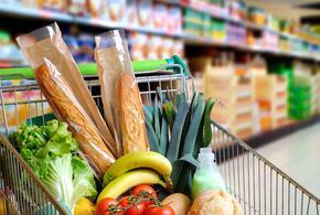Минпромторг передумал выдавать деньги на продукты нуждающимся