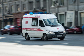Охранники ТЦ избили подростка из-за разбитой витрины