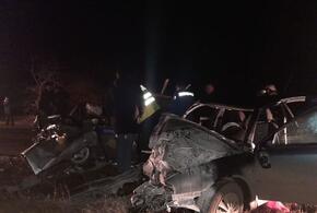 В лобовой аварии погибли трое полицейских