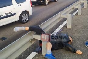 В Сочи в страшной аварии пострадал мотоциклист