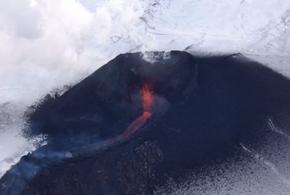 На Камчатке началось извержение Ключевского вулкана (ВИДЕО)