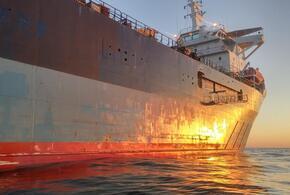 Токсичный сухогруз April все еще не отбуксирован от берегов Кубани