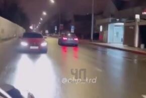 В Краснодаре лихач на BMW проехал по Красной задним ходом ВИДЕО